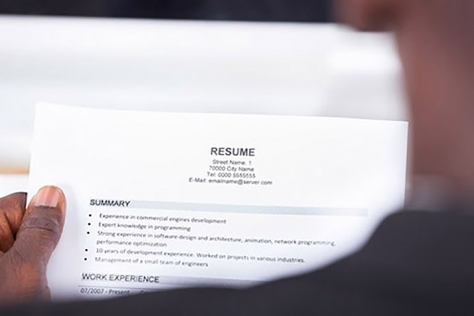 9 resume mistakes artcicle