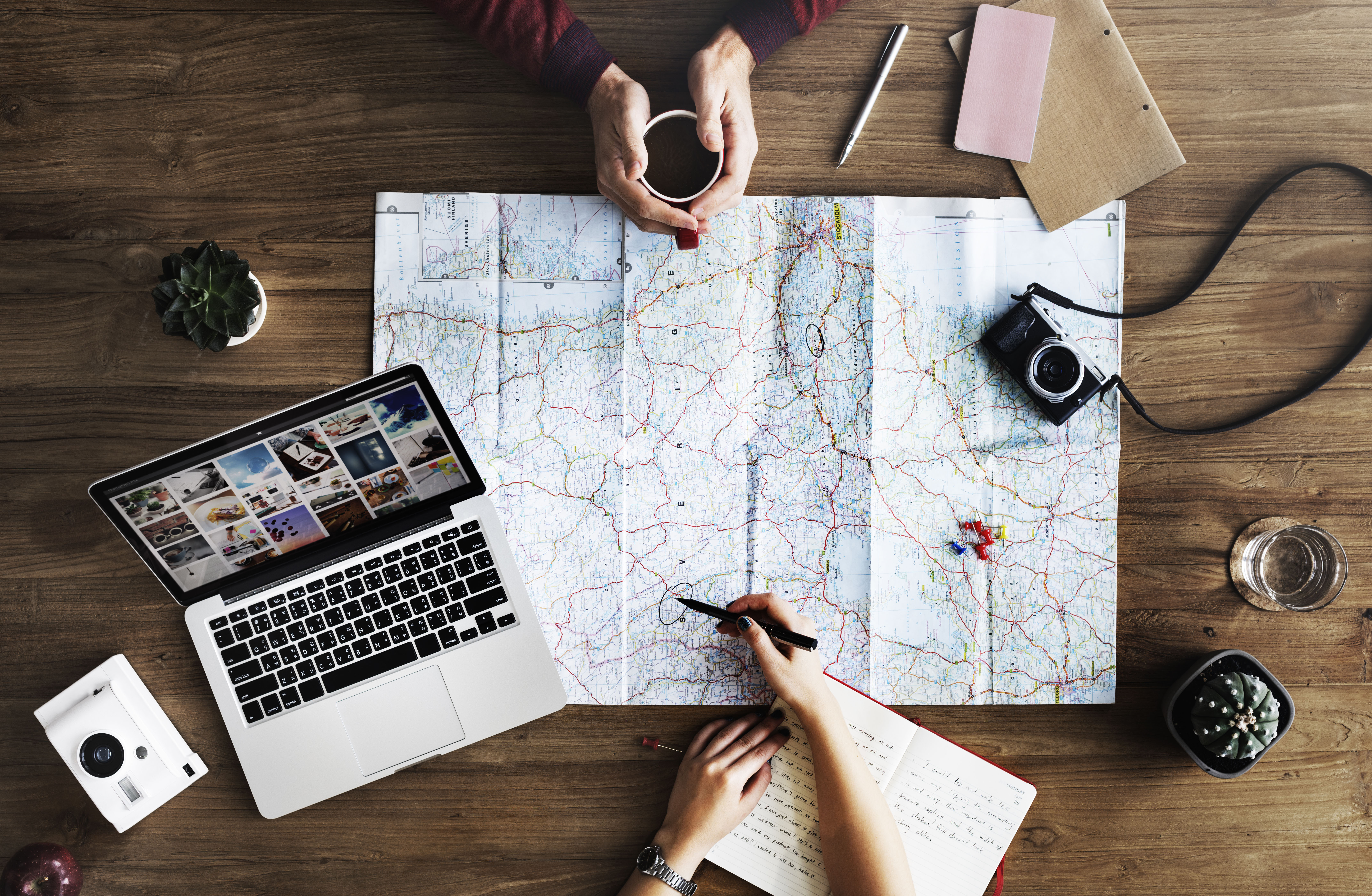 3 Ways to Develop Your Career Skills Through Travel in College thumbnail image